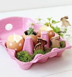 Яйцо — незаменимый продукт на нашем столе. Оно является неотъемлемым составляющим множества вкусных и известных блюд: яичница, салаты, гоголь-моголь и др. Друзья, не спешите выбрасывать яичную скорлупу :) Оказывается, с помощью яичной скорлупы можно оригинально украсить интерьер. И, кстати, не только в Пасху! :) Красиво и необычно смотрятся вот такие цветочные композиции:…