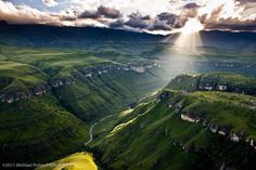 Drakensberge, South Africa - photo by Michael Poliza Life Is Beautiful, Beautiful Places, Today Quotes, Want To Be Loved, World Pictures, Thats The Way, Landscape Pictures, Our Planet, Planet Earth