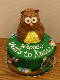 WHOOOO Wants to Know. Baby Shower Gender Reveal Cake i would probably use a different style of owl but a cute idea Baby Shower Cupcakes, Shower Cakes, Baby Shower Parties, Baby Showers, Owl Cakes, Cupcake Cakes, Baby Cakes, Baby Reveal Cakes, Baby Jessica
