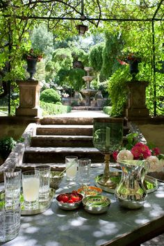 Pergola With Roof Plans Outdoor Rooms, Outdoor Dining, Outdoor Gardens, Outdoor Decor, Porches, Garden Pictures, Al Fresco Dining, Pergola Shade, Deco Table