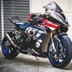 BMW Trust Me I'm A Biker Please Like Page on Facebook: https://www.facebook.com/pg/trustmeiamabiker Follow On pinterest: https://www.pinterest.com/trustmeimabiker/