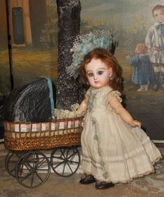 """~~~ Rare 9"""" Size 1 Mademoiselle Jumeau in Pretty Antique Clothing ~~~"""