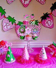 Strawberry Shortcake birthday Perfect for Baby K! 2nd Birthday Party Themes, Birthday Decorations, Birthday Ideas, Bday Girl, 1st Birthday Girls, Special Birthday, Strawberry Shortcake Birthday, Strawberry Decorations, Party Time