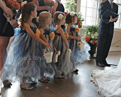 Planning a wedding and thinking about a tutu flower girl dress? These little beauties came about as a necessity as we were trying to clothe 4 flower girls for my… Tutu Dress Tutorial, Dress Tutorials, No Sew Tutu, Diy Tutu, Flower Girl Tutu, Flower Girl Dresses, Diy Flower, Flower Girls, Girls Dresses