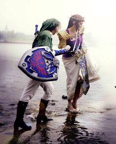 Link and Zelda - The Legend of Zelda cosplay; flipping incredible. I love it when people set up pictures to look natural.