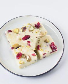 Witte Chocolade Fudge met Cranberries en Pistachenoten