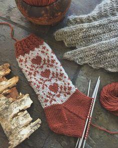 Crochet Woman, Knit Crochet, Mitten Gloves, Mittens, Rainbow Dog, Fair Isle Knitting Patterns, Knitting Socks, Handicraft, Christmas Stockings