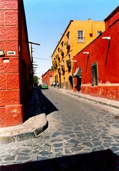 San Miguel de Allende, Mexico New Spain, South Of The Border, South America Travel, Dream Vacations, Places To See, Beautiful Places, Around The Worlds, City, Explore