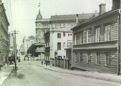 old helsinki - Google-haku Historical Pictures, Helsinki, Good Old, Old Pictures, Finland, Louvre, Street View, Black And White, History