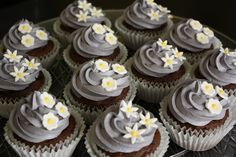 grey and yellow wedding shower cupcakes