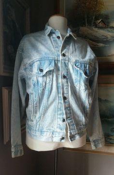 LEVI'S RED TAG VTG Denim Jean Jacket Blue Acid Wash S / M Faded 1980 light blue #Levis #JeanJacket