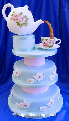 Teapot/Teacup Cake! Fun! ...now go forth and share that BOW & DIAMOND style ppl! Lol. ;-) xx