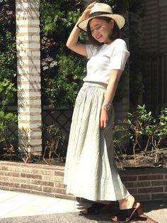 毎年大人気のマキシスカート!丈が長すぎず、足首が見える絶妙な丈!マリリンムーンのトップスと合わさせて