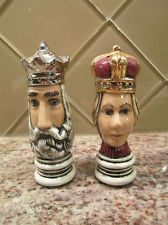 Vintage Hand Painted King And Queen Salt And Pepper Set