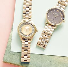 Keep your eye on the time with a Marc Jacobs watch.