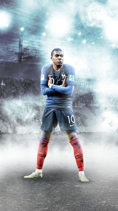 PSG saves time with mbappe Best Football Players, Football Is Life, Soccer Players, Football Neymar, Messi Soccer, Sports Football, Messi And Ronaldo, Cristiano Ronaldo 7, Messi Player