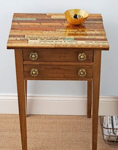 Ruler-Topped Table Transform a tired side table by covering the top in vintage or store-bought yardsticks Read more: Upcycled Crafts and Projects - Easy Upcycling Craft Ideas - Country Living Upcycled Crafts, Crafts From Recycled Materials, Recycled Decor, Furniture Projects, Furniture Makeover, Diy Furniture, Diy Projects, Upcycling Projects, Repurposed Furniture