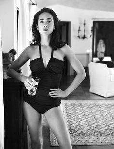"""fetchingsweets:bohemea: """" """" Jennifer Connelly: Dark Victory - Vogue by Mario Testino, November 2007 """" """" Beautiful Celebrities, Beautiful Actresses, Beautiful People, Beautiful Body, Pretty People, Beautiful Pictures, Mario Testino, Jennifer Connelly Young, Jennifer Connelly Requiem"""