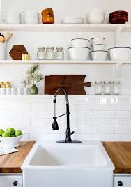 Butcher block countertops... I would love to have these in my kitchen along with a farmhouse sink and stainless steel double ovens <3