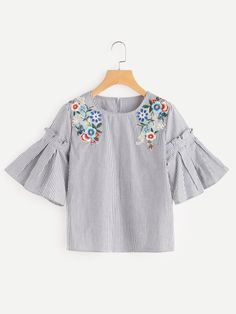 To find out about the Embroidered Flower Applique Pleated Bell Sleeve Top at SHEIN, part of our latest Blouses ready to shop online today! Tunic Designs, Kurta Designs, Embroidered Flowers, Flower Applique, Flower Embroidery, Embroidery Stitches, Bell Sleeves, Bell Sleeve Top, Girl Fashion
