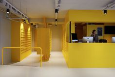 The Student Hotel Amsterdam The Hague. Check in counter, photo © Kasia Gatkowska x …,staat.