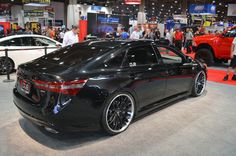 View detailed pictures that accompany our 2013 Toyota Avalon DUB Edition: SEMA 2012 article with close-up photos of exterior and interior features. Toyota Camry, Toyota Corolla, Toyota Dealers, Toyota Avalon, Sports Sedan, Black Wheels, Futuristic Cars, Automotive Design, Auto Design