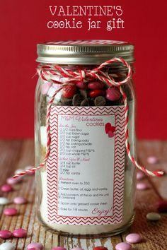 Valentine's Cookie Jar Gift - CUTE and simple. Free prints on { lilluna.com } #valentines