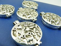 5 Lockets-Flower Garden Design-Antique Silver Plated. Starting at $5 on Tophatter.com!
