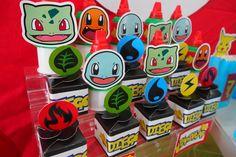 Pokemón es un tema que está nuevamente de moda entre los pqueños, y esta mesa de dulces para Diego fue muy divertida! Pokemon Birthday, 8th Birthday, Birthday Party Themes, Party Activities, Activities For Kids, Pokemon Party Decorations, Valentine Box, Craft Sale, Diy Party