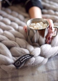 Luxury Wool Blanket - the Softest Blanket in the World. Love at first touch!