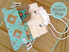 Big Canvas Beach Tote with Rope & Grommet Handles | Sew4Home