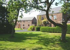 Parr Hall Farm Bed & Breakfast, Eccleston, Chorley, Lancashire Farm, Walking, Relax, Travel, Explore, Holiday.