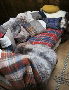 layered sofa    #plaid #fur