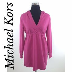 Michael Kors Pink Hooded Logo Tunic Sweater Top MICHAEL Michael Kors chic pink hooded sweater tunic featuring soft cozy material, long sleeves, studded logo & v-neckline. Easily worn as a sweater, tunic or even a mini dress! Don't pass this beauty by! MSRP $119.00. Size medium. Measurements available upon request. Thank you. Xo MICHAEL Michael Kors Sweaters