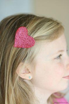 Heart'felt' Valentine's Day Crafts -glitter hair clip
