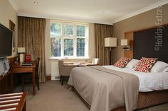 Stanneylands Hotel Manchester- Nestled in a leafy green eden, surrounded by vast stretches of farmland, this grand property is an exquisite couples' retreat into the English countryside Manchester Hotels, England Countryside, Airport Hotel, Stretches, Relax, English, Yoga, How To Plan, Couples