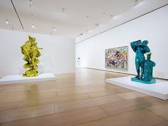 El Museo Guggenheim Bilbao presenta 'Jeff Koons: retrospectiva', un completo recorrido cronológico por la obra del estadounidense Jeff Koons (York, Pensilvania, 1955), quien ha desarrollado a lo largo de las últimas cuatro décadas un trabajo singular, inconfundible e innovador que le ha convertido en uno de los principales referentes del arte contemporáneo.