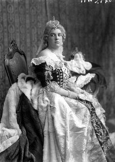Henriette Zichy as Hungarian Queen Marie Theresie in 1928