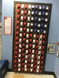 American flag classroom door decor - Decoration For Home Classroom Bulletin Boards, Preschool Classroom, Future Classroom, Toddler Classroom, Kindergarten, History Classroom Decorations, Classroom Themes, Classroom Door Decorating Ideas, Teacher Door Decorations