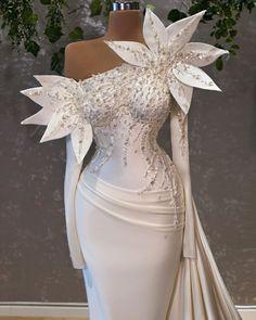 Formal Dresses, Wedding Dresses, Closet, Instagram, Fashion, Dresses For Formal, Bride Dresses, Moda, Bridal Gowns
