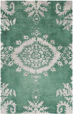 Salma Stonewashed Handknotted Rug in Green by Safavieh