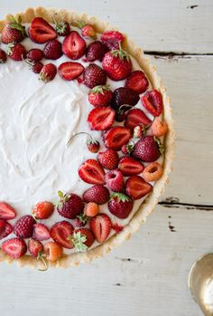 summer berry tart by sweet laurel