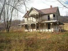old farm house...I want this house with all of my heart! <3