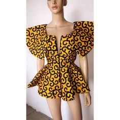 Ankara tops with peplum shape give a figure that blends through all the curves of your body. It fits all body sizes extremely well, and are outstanding and spectacular. African Fashion Ankara, African Print Dresses, African Print Fashion, African Dress, African Prints, African Blouses, African Tops, African Women, African Attire