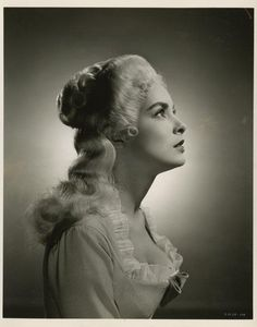 Janet Leigh in Scaramouche