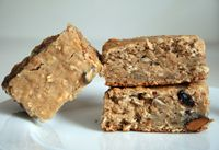 Energy/Protein bar solutions by the Hungry Runner. I think I'll try these for my kids' lunches.