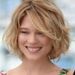 short hairstyles for thick wavy hair 129