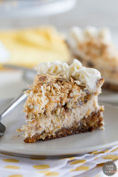 The best of both worlds - this Carrot Cake has two layers of carrot cake with a layer of cinnamon cheesecake sandwiched in-between. Perfect for any carrot cake lover or cheesecake lover! Cinnamon Cheesecake, Carrot Cake Cheesecake, Cheesecake Recipes, Dessert Recipes, Easter Recipes, Just Desserts, Delicious Desserts, Yummy Food, Icebox Desserts