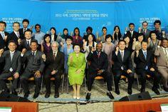 국제위러브유운동본부(장길자회장) & 2012 국제그린캠퍼스 대학생 장학금 전달식 // 국제위러브유운동본부(장길자회장) & 6개국 대학생 10명 장학금 전달 수여식