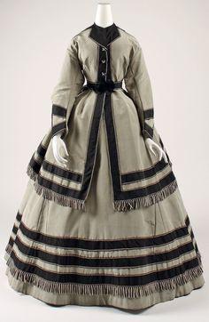 Wedding ensemble 1866-1869 Metmuseum